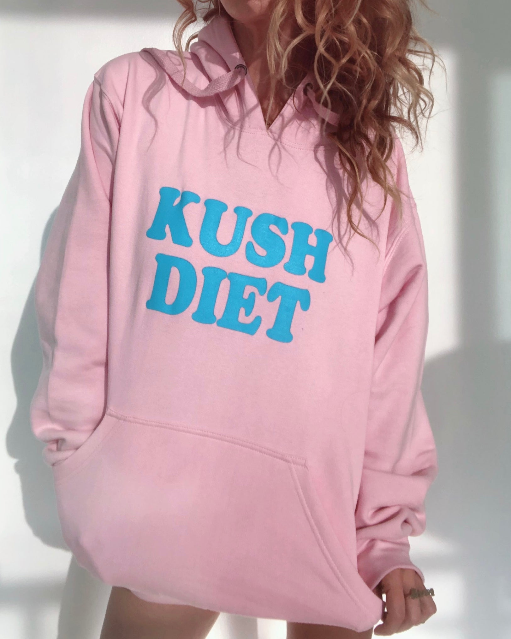 HIGHTEA.life Flower Culture - KUSHDIET Hoodie (Pink)