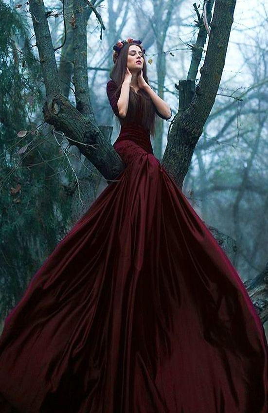 Custom Gothic dress with Elegant Long Train