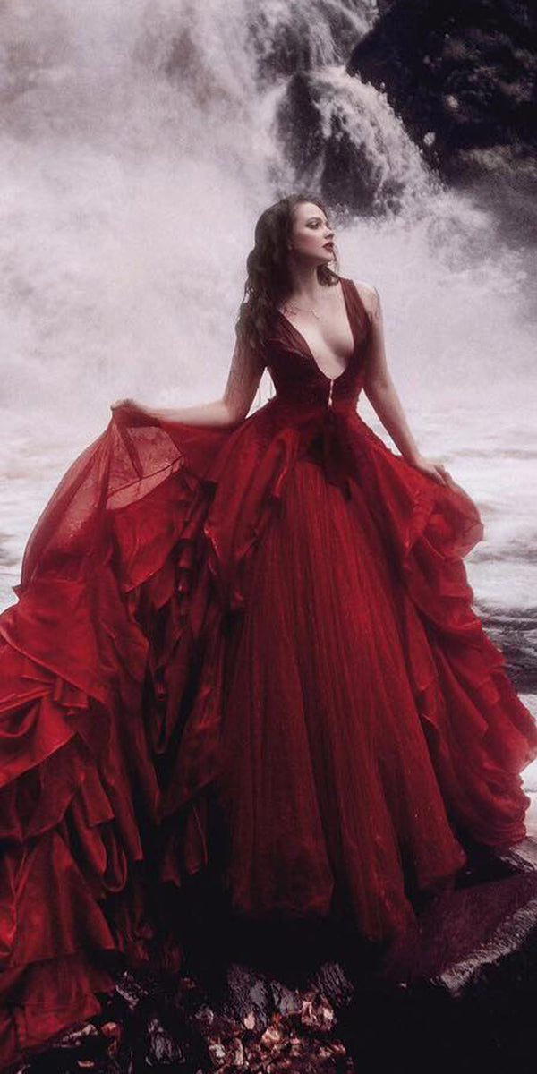 Red Wedding Dresses.Sweetheart Gothic Red Wedding Dress