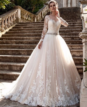 Vintage Long Sleeves Wedding Dress