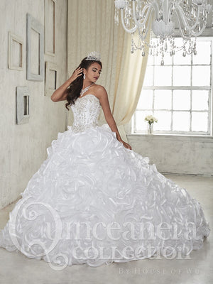 New 2016 White Quinceanera Dress Ball Gowns Beaded For 15 Year Ruffles Cheap Prom Gown Sweet 16 Dress Vestidos De 15 Anos QD40
