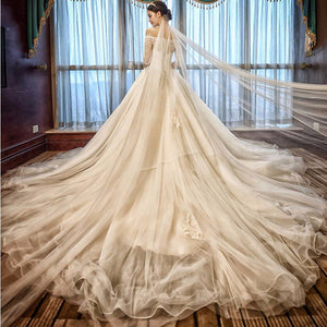 Hot Sale Luxury Soft Tulle Hand  made Lace Ball Gown Wedding Dress