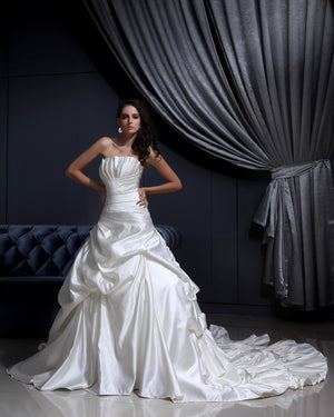White Ivory Cathedral-Roy Train Ball Gown very Sexy Wedding Dress