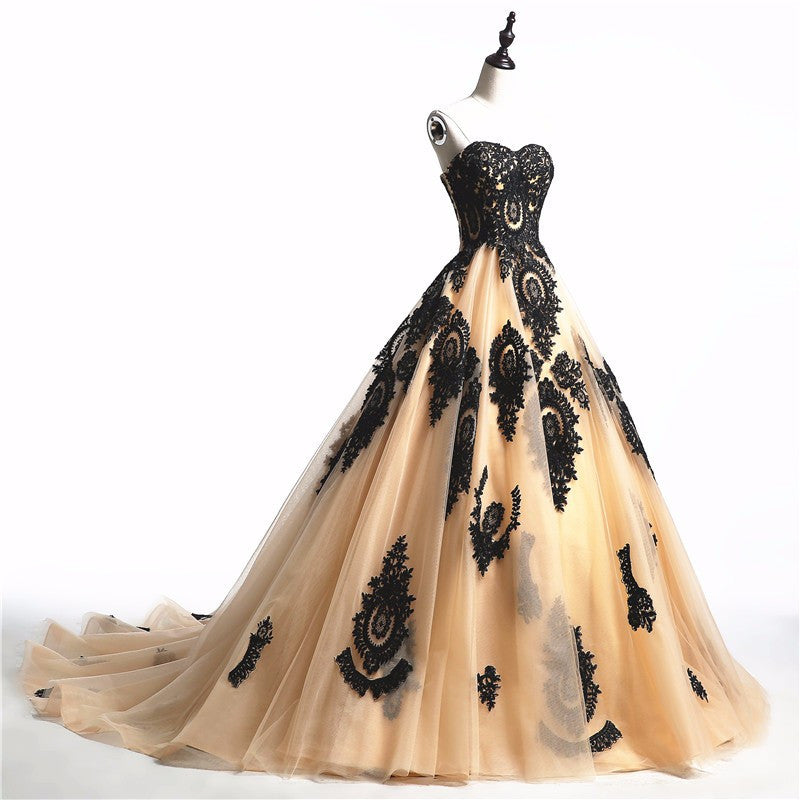 Vintage Gothic Applique Wedding Dress