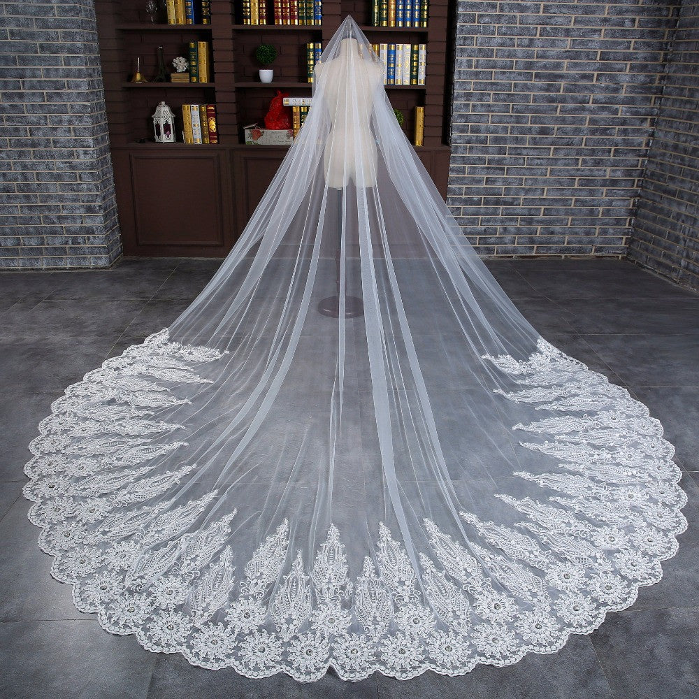 Luxury Crystal Beaded Bridal Veil