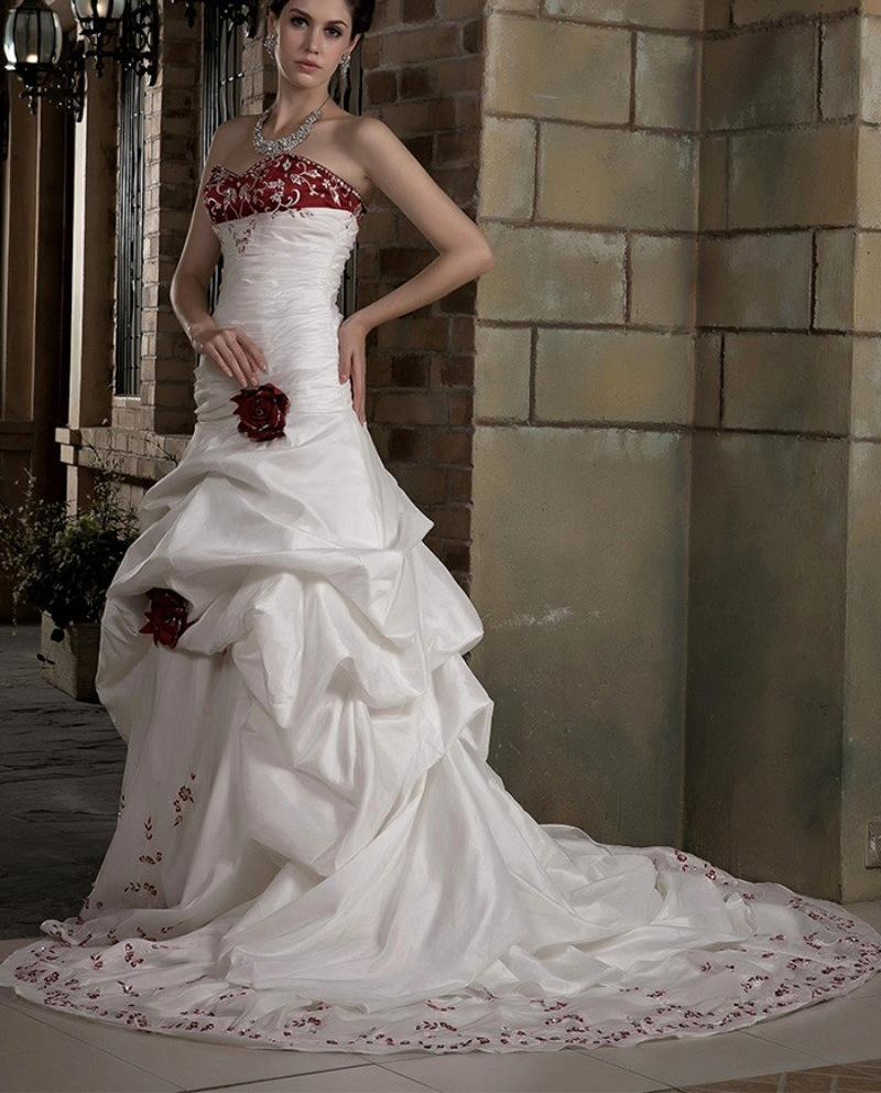 Vintage White And Red Wedding Dress. Also comes in Black  ( Custom Colors Available)