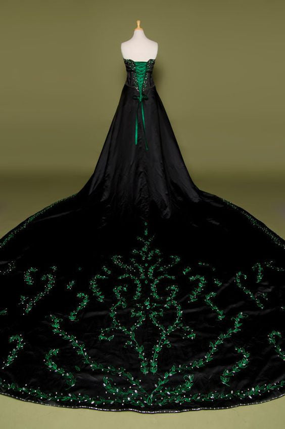 Gothic Vintage Green Wedding Dress