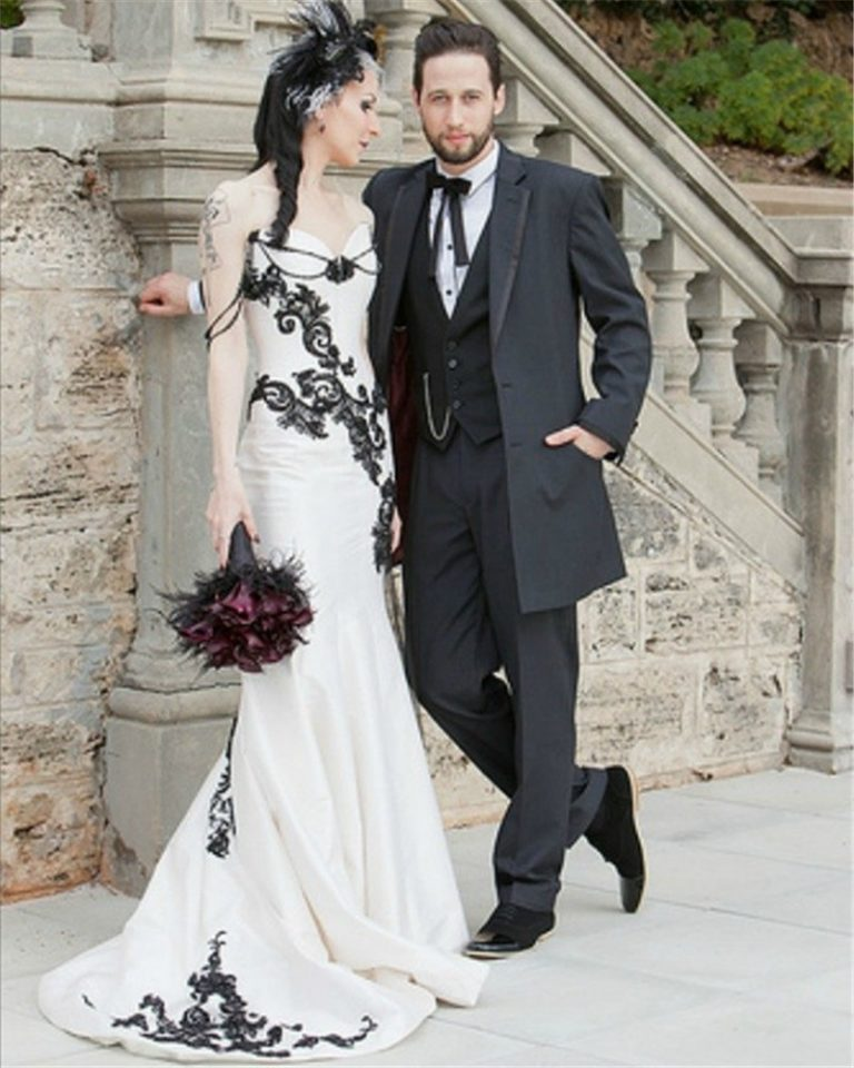 Black Lace Wedding Gowns: White And Black Lace Gothic Wedding Dress