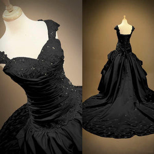 Elegant Long Black Gothic Wedding Dress
