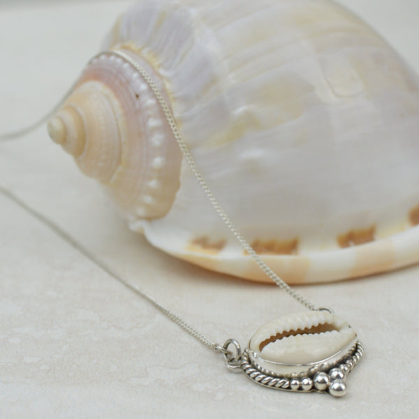 Necklaces - Cowrie Shell Necklace