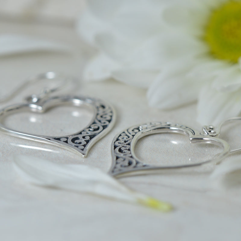 Earrings - Vintage Amour Heart Earrings