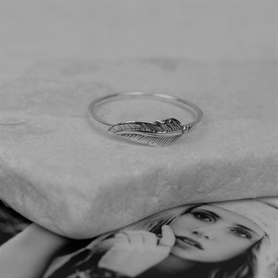 Rings - Dainty Feather Ring