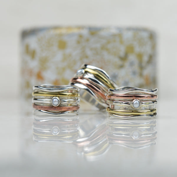 Rings - Spinning Ring With Mother Of Pearl
