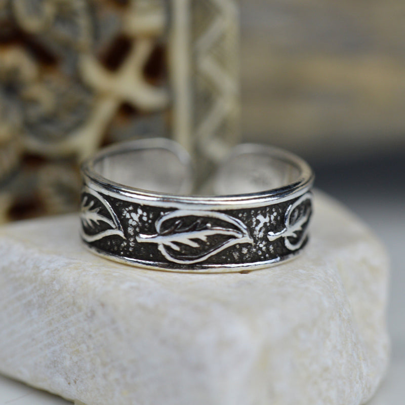 Toe Rings - Sterling Silver Leaf Embossed Toe Ring