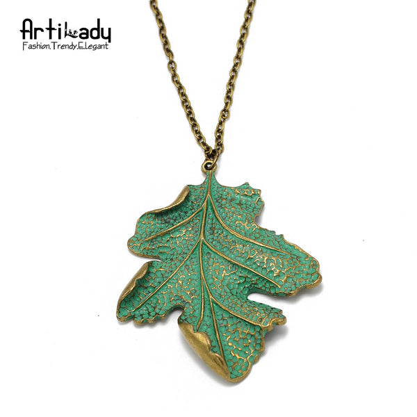 Green Leaf Pendant Antic Necklace