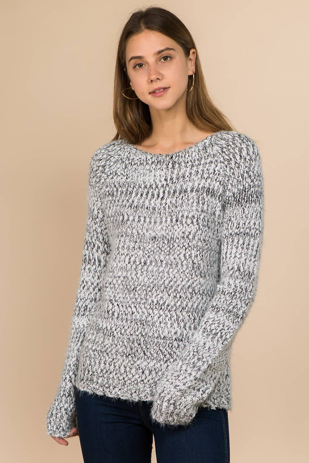 Winslow Collection - FUZZY ROUND NECK PULLOVER SWEATER