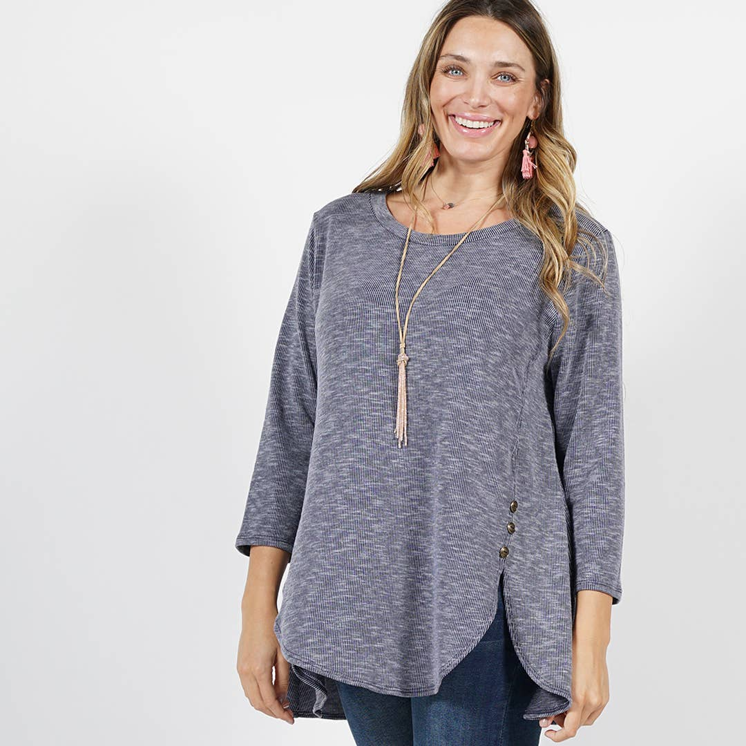 42pops - [PLUS] Side-button 3/4 sleeve tulip hem tunic