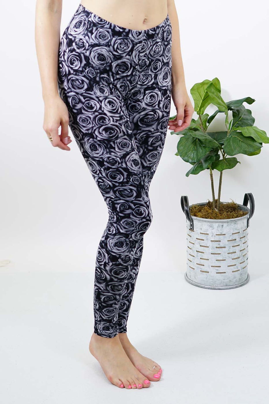 Black and White Floral Leggings