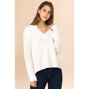 Winslow Collection - V- NECK LONG SLEEVE POPCORN SWEATER