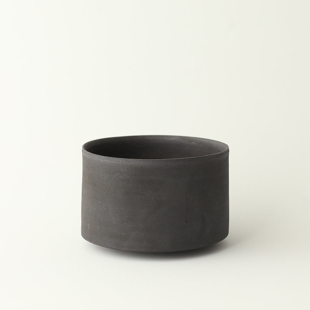 Straight Chawan Bowl - Charcoal