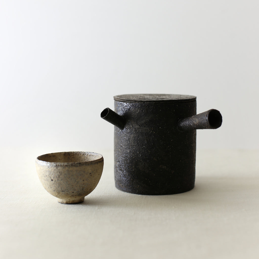 Handcrafted, Handmade, Artisan, Japanese, Ceramic, Pottery, Chahai Small Cup, White, Tea pot, Black, Homeware, Kitchenware, Tableware, Monochromatic, Beautiful Quality, Unique, Art, Minimal, Made in Japan.