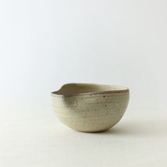Handcrafted, Handmade, Artisan, Japanese, Ceramic, Pottery, Katakuchi Bowl, White, Homeware, Kitchenware, Tableware, Monochromatic, Beautiful Quality, Unique, Art, Minimal, Made in Japan.