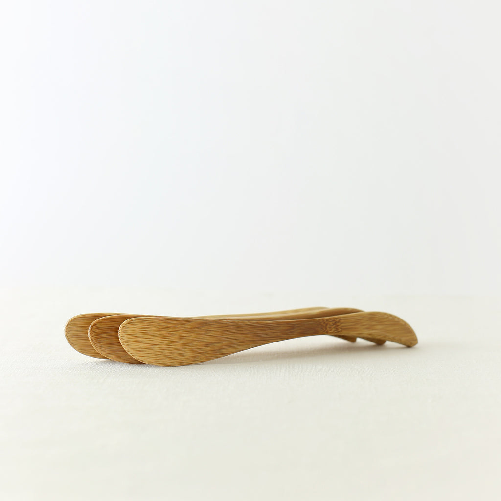 Handmade, Handcrafted, Japanese Artisan, Natural Bamboo Butter Knife, Light weight, Homeware, Tableware, Kitchenware, Beautiful Quality, Unique, Made in Japan.