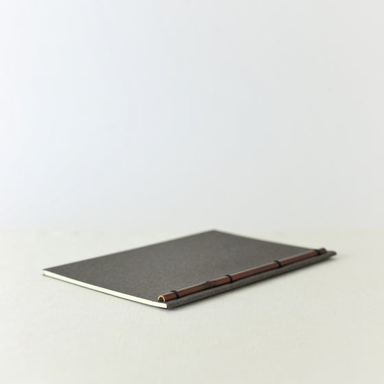 Japanese notebook, Handmade, Handcrafted, Paper, Bamboo pulp paper, Washi, Blank pages, Charcoal colour, Made in Japan.