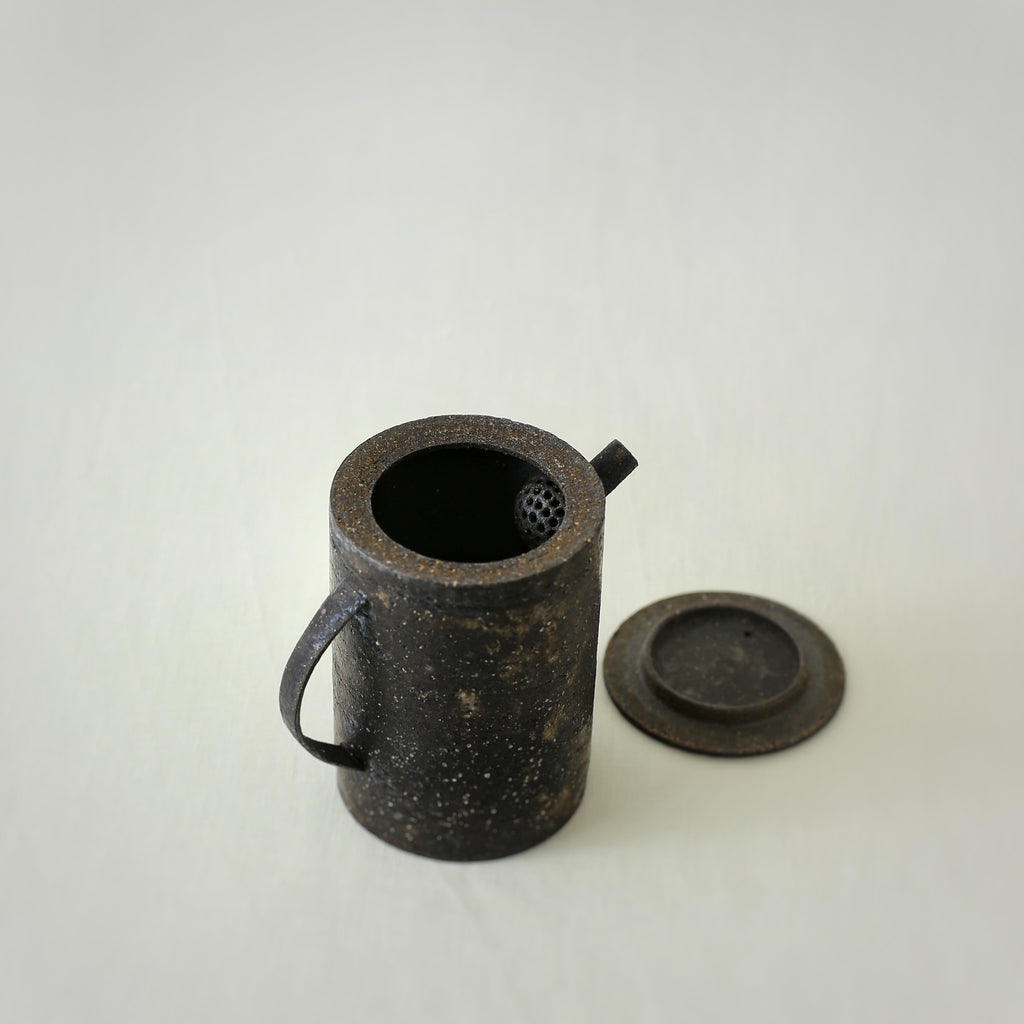 Handcrafted, Handmade, Artisan, Japanese, Ceramic, Pottery, Coffee Pot,  Homeware, Kitchenware, Tableware, Beautiful Quality, Unique, Art, Minimal, Made in Japan.
