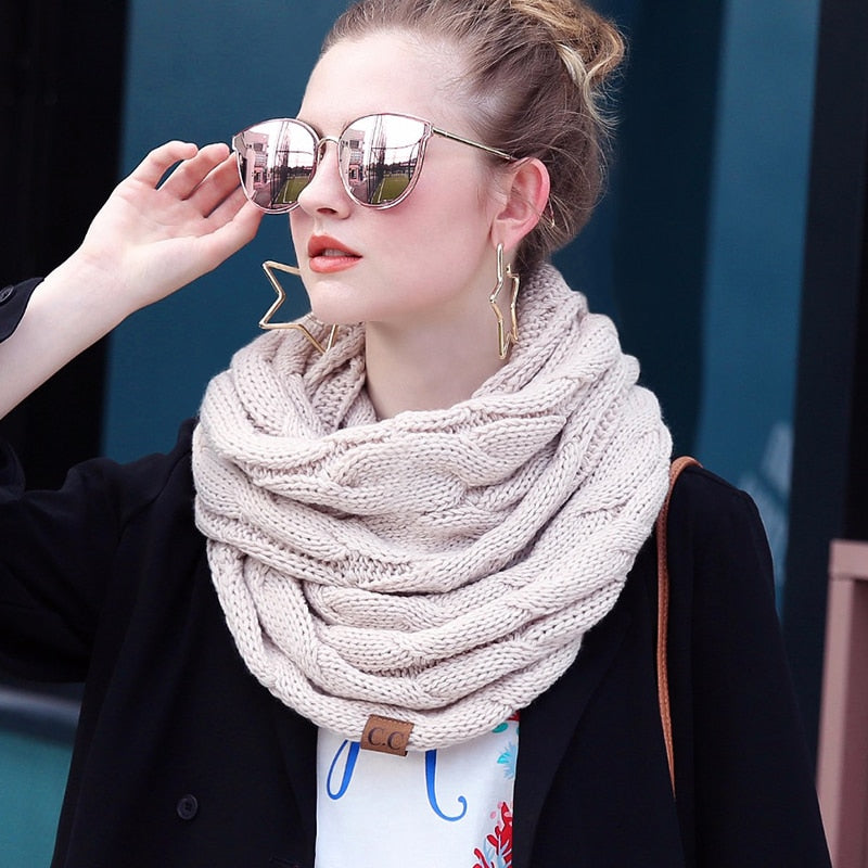 Snow Dreams Scarf
