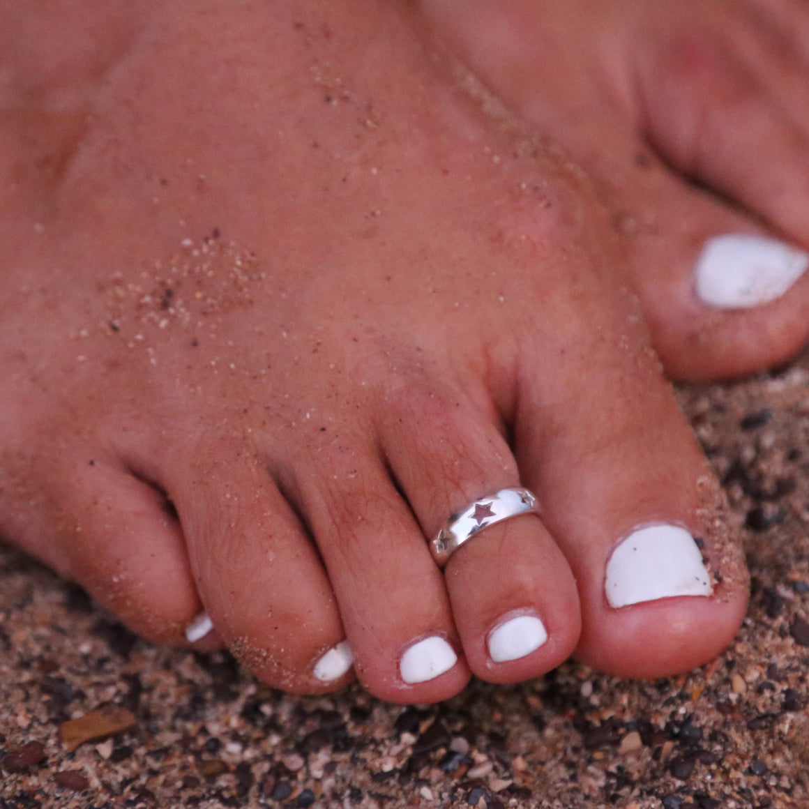 Simple Love Toe Ring