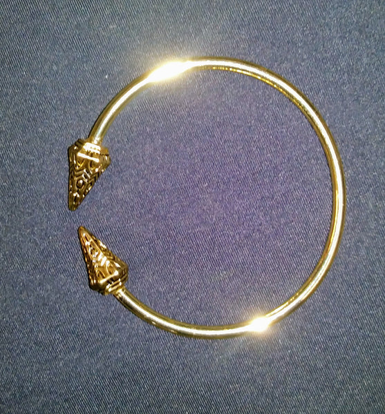 Golden Arrow Metal Bracelet