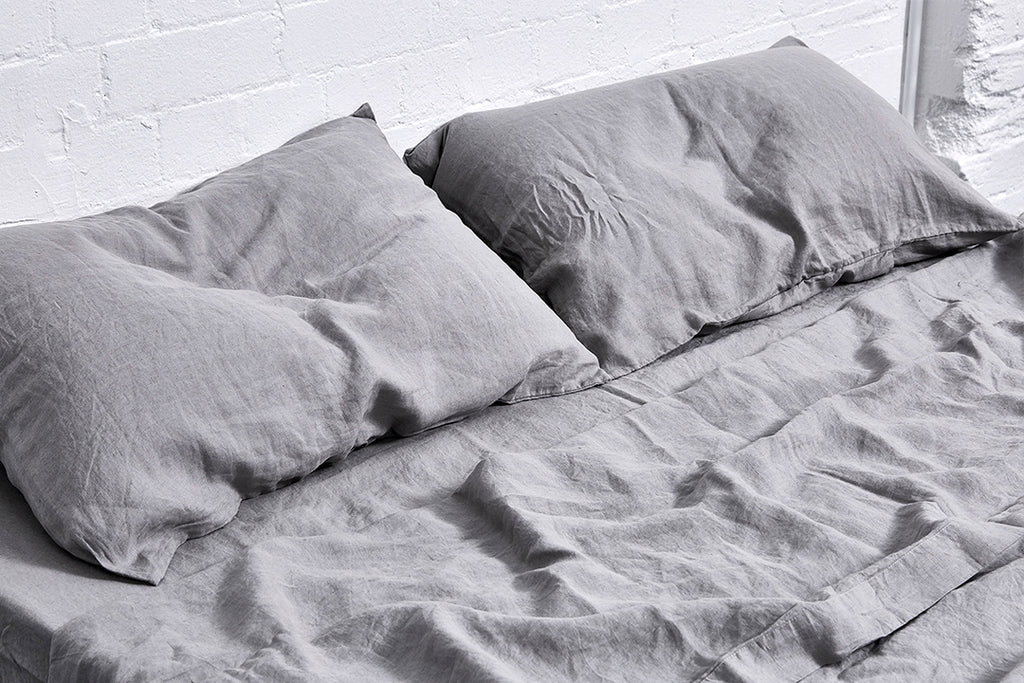 In Bed Linen Fitted Sheet Cool Grey Queen Size
