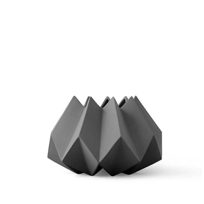 Menu - Folded Vase - Carbon - Short