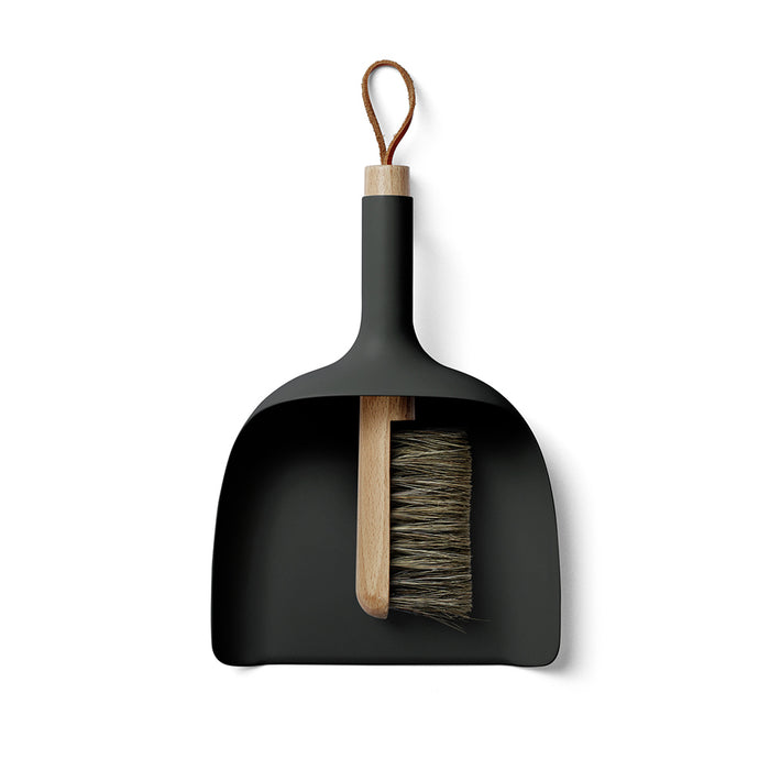 Menu - Sweeper & Funnel - Black