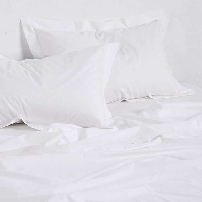 In Bed cotton sheets white