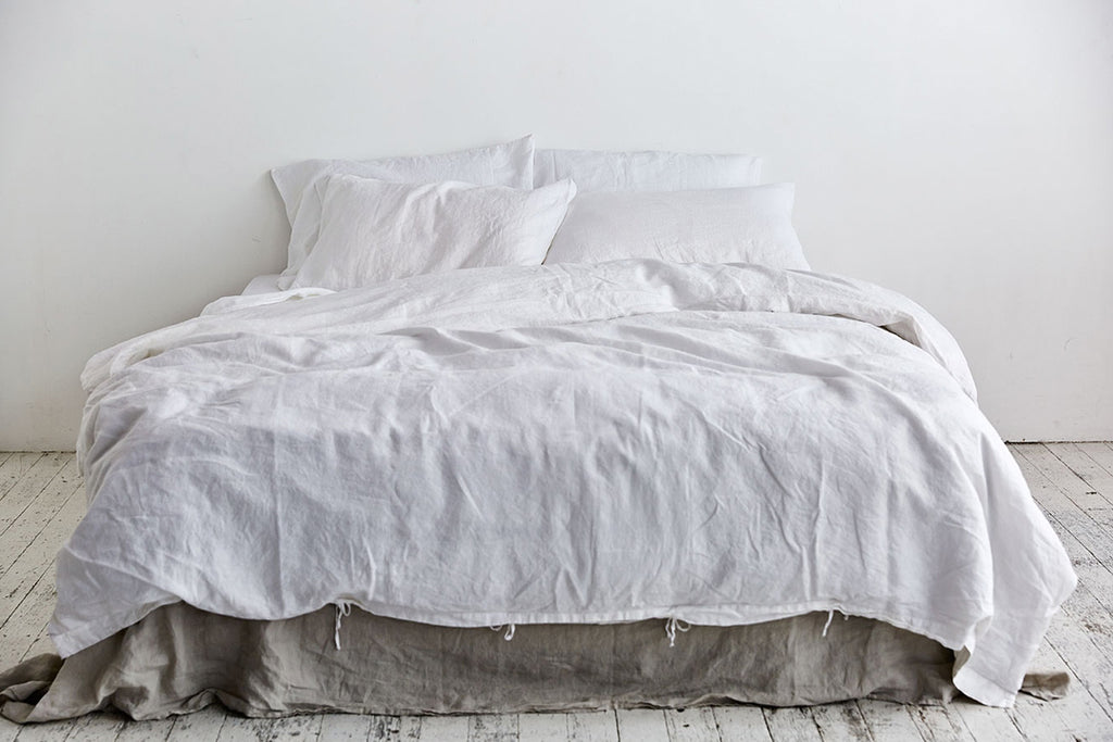 In Bed Linen Sheets Duvet Cover White
