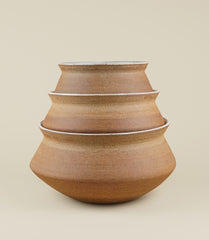 BANGA STACKING PLANTER / MEDIUM ADOBE - MAAARI