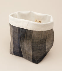 PINANGABOL BUCKET / STRIPED BLACK - MAAARI