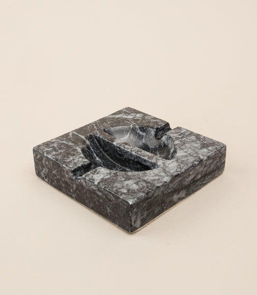EQUILIBRIUM ASHTRAY