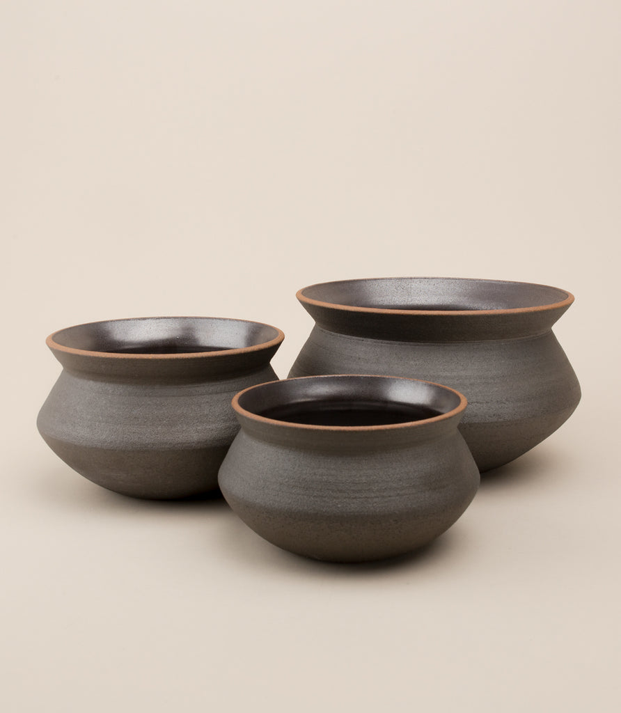 BANGA STACKING PLANTER SET / BLACK - MAAARI