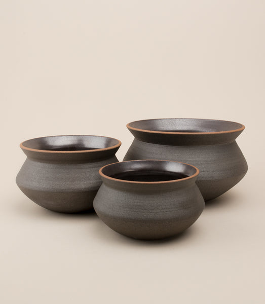 BANGA STACKING PLANTER SET / BLACK