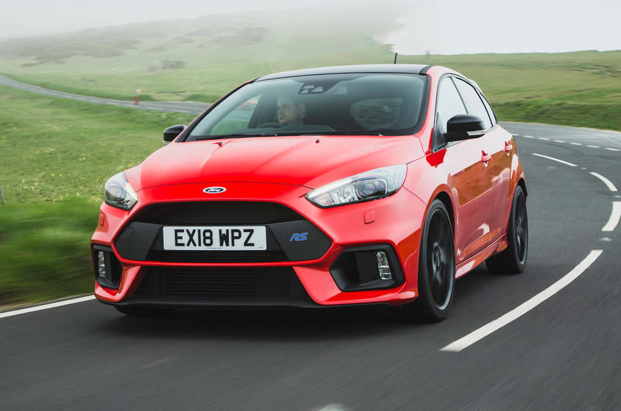 Ford Focus XR5 Turbo Vs Ford Focus RS - What Are the Differences Engine Differences