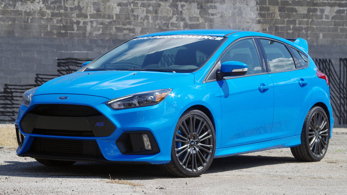 The Ford Focus RS Vs The Subaru WRX STI Handling