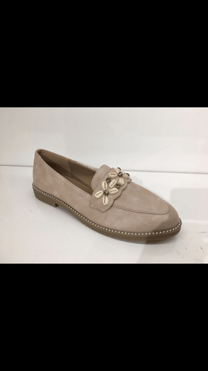 Shelly Sea Shell Detail Loafers - Lulu Bella Boutique