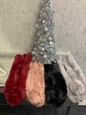 Faith Faux Fur Pom Pom Collar - Lulu Bella Boutique