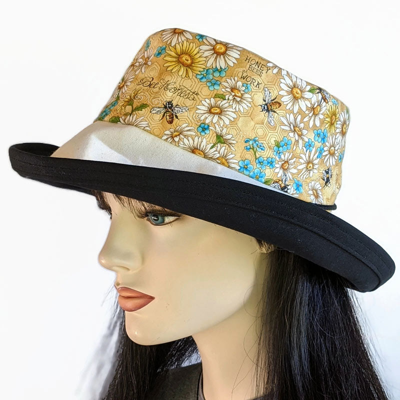 114-b Sunblocker UV summer hat sun hat with large wide brim featuring bees