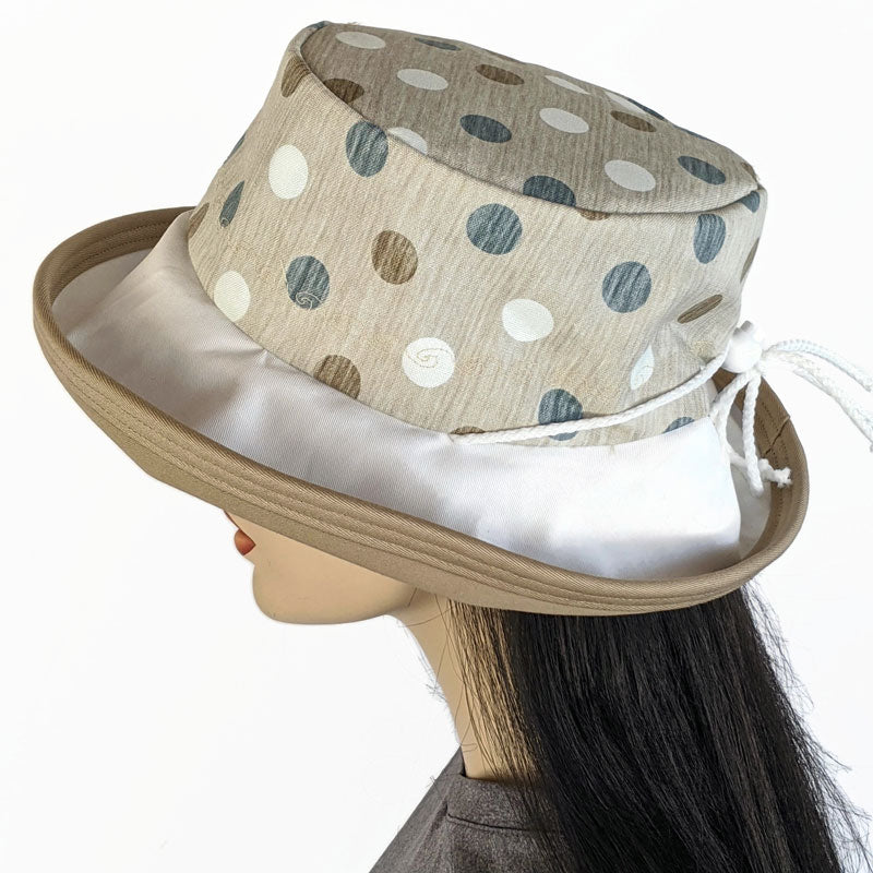 128 UV summer hat sun hat with large wide brim featuring brown navy polka dot print
