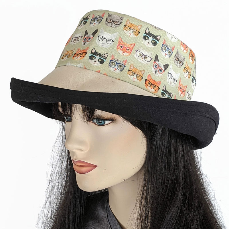 134b - Sunblocker UV summer sun hat with large wide brim featuring cats with glasses