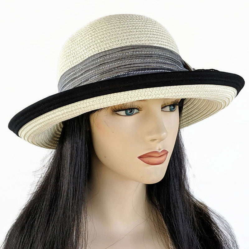 209 Straw travel hat with fabric edge and scarf buckle trim